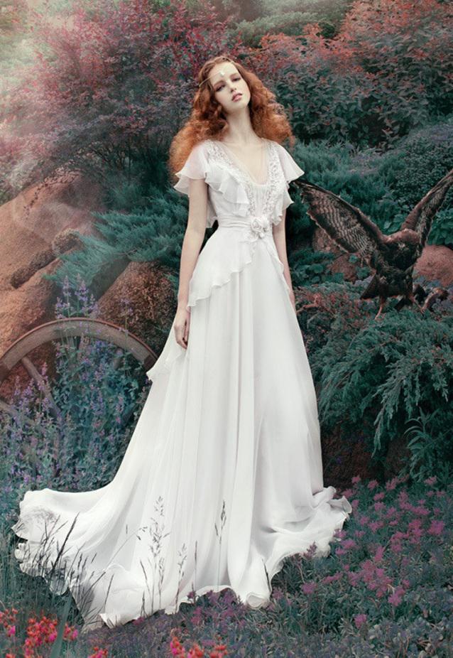 Irish Wedding Dresses: How to look like a Celtic beauty? (2017)